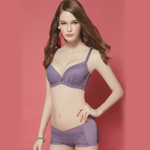 思薇爾-迷漾花園系列A-E罩壓模蕾絲包覆內衣(迷漾紫)