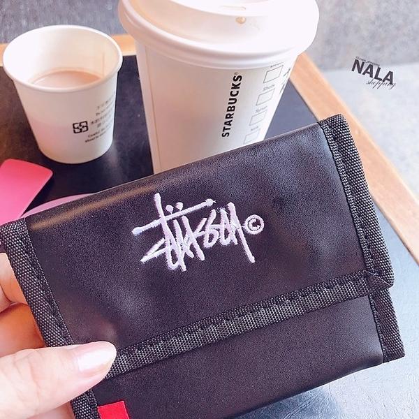 《花花創意会社》外流。S刺繡尼龍款三折短夾錢包【H6072】