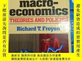 二手書博民逛書店Macro-Economics:罕見Theory Perform