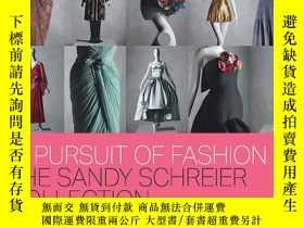 二手書博民逛書店In罕見Pursuit of Fashion: The Sand