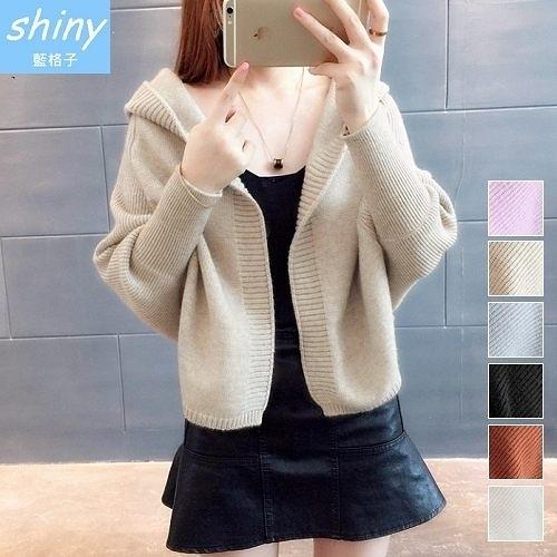 【V2061】shiny藍格子-暖冬美感‧蝙蝠袖連帽毛衣外套