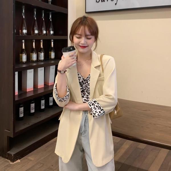 2021新款小個子西裝外套女夏季薄款設計感休閑炸街網紅小西服上衣