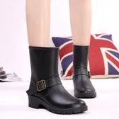 雨鞋歐美秋中筒女士雨鞋厚底防滑黑色軍裝馬丁帶扣雨靴水靴膠鞋 韓國時尚週