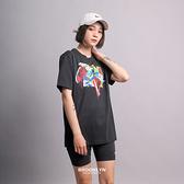 NIKE 短T JORDAN TEE AJ1 黑色 卡通 1代 短袖 男 (布魯克林) DO1927-010