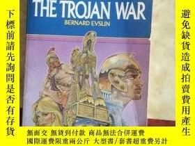 二手書博民逛書店The罕見Trojan War The Trojan WarY269331 Bernard Evslin Sc