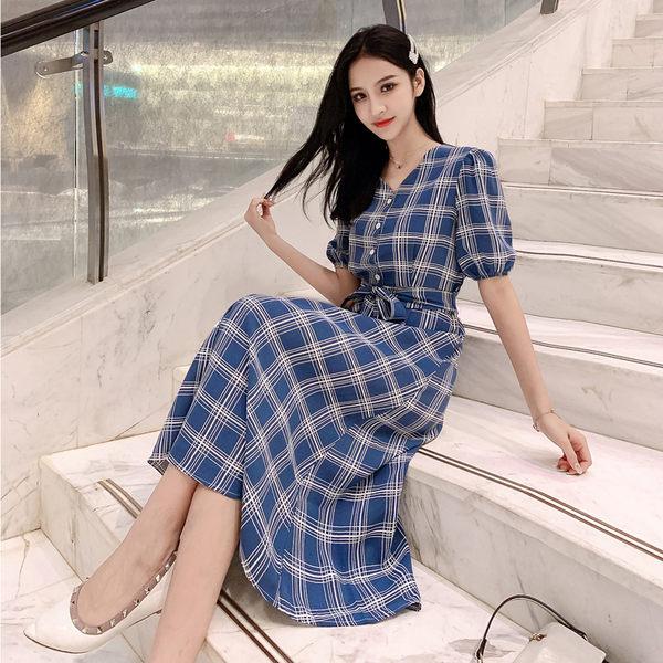 VK旗艦店 韓系氣質格子排扣裝飾格紋復古長版短袖洋裝