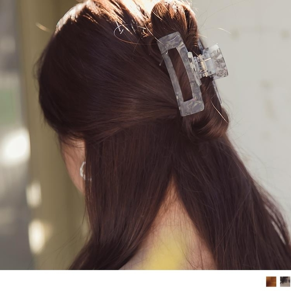 《ZC2090》簡約韓系玳瑁/墨彩紋路髮夾/鯊魚夾(兩入一組) OrangeBear