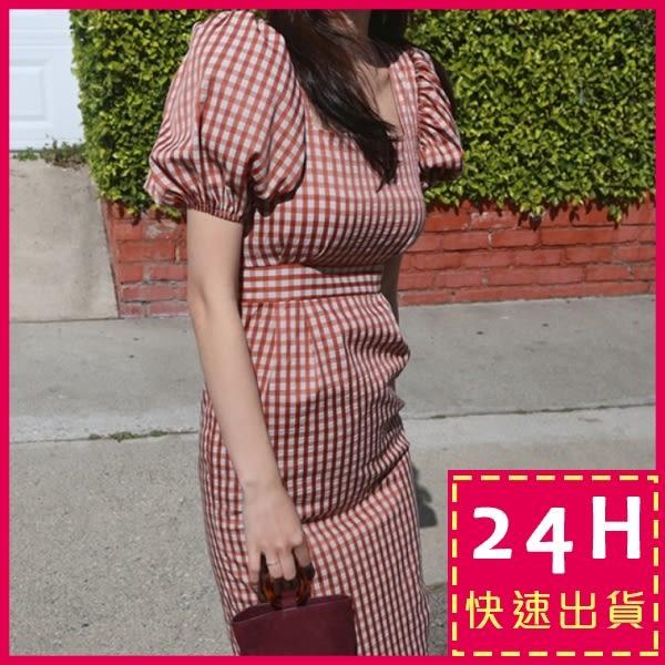 梨卡★現貨 - 夏日復古顯瘦格紋泡泡袖連身裙連身長裙沙灘裙洋裝B809