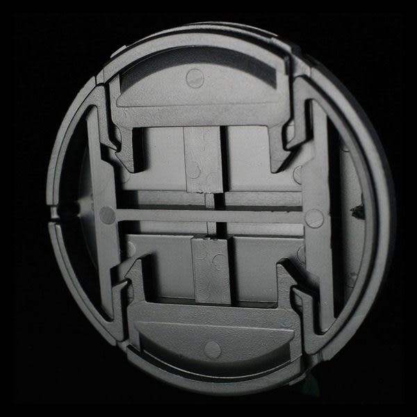 我愛買#JJC無字附繩B款40.5mm鏡頭蓋Sony索尼E 16-50mm F3.5-5.6 PZ OSS Fujifilm富士X10 X20鏡頭前蓋鏡蓋