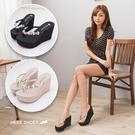 [Here Shoes]2色 楔型高跟鑲鑽小花質感 前高4.5CM後高10CM 人字 夾腳拖鞋 MIT台灣製─KNGW813