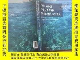 二手書博民逛書店THE罕見LAW OF THE SEA AND EMERGING