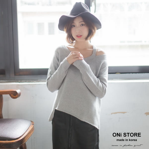 V領露肩斜襬羊毛毛衣 - ONi STORE - 428307