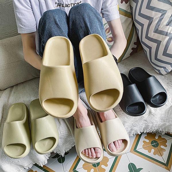 [Here Shoes] 3CM防水椰子拖鞋 輕量化厚底居家拖鞋 室內拖鞋 浴室拖鞋 海灘鞋 3色-KC5025