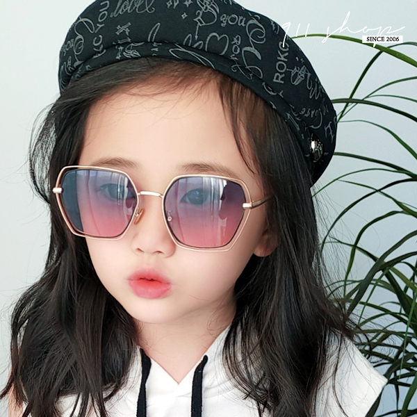 Elfin.鏤空切角方框小孩兒童抗UV400偏光太陽眼鏡【f5049】911 SHOP