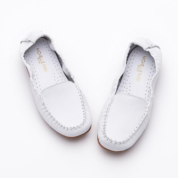 MICHELLE PARK 輕時尚舒適彈力牛皮休閒平底鞋-白