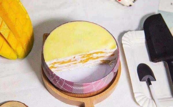 盛夏黃金芒果鐵盒千層蛋糕4吋