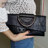 大氣手拿包包女韓版新款潮夏季個性時尚女士斜背手包手提小包  卡布奇諾