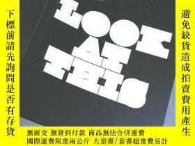二手書博民逛書店Look罕見At This: Contemporary Broc