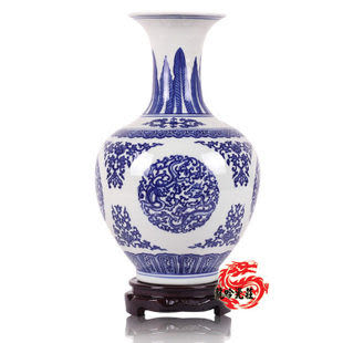 明清團龍圖案款青花瓷賞瓶