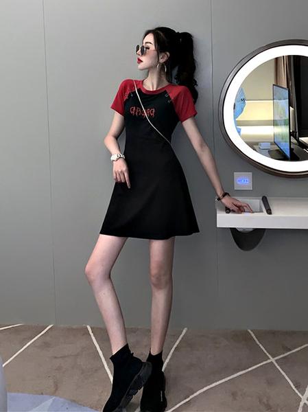 克妹Ke-Mei【AT60164】獨家 歐美單!金屬圓釦龐克字母電繡撞色棒球洋裝