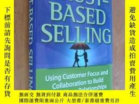 二手書博民逛書店Trust-based罕見Selling:Using custo