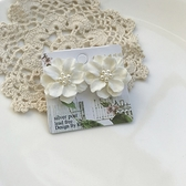 小白花鑲小珍珠耳環-鋼針-耳針-C16018-pipima