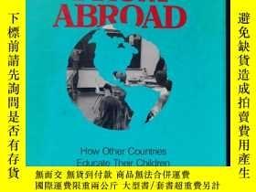 二手書博民逛書店lessons罕見from abroadY75059 出版1993