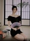 法式一字肩洋裝女夏鎖骨復古設計感小眾泡泡袖氣質小裙子 喵小姐