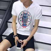 男T恤 男短t恤 韓版T恤 短袖t恤男V領修身上衣 卡通印花簡約休閒打底衫【非凡上品】q786