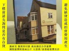 二手書博民逛書店Horsham罕見Houses : A Study of Ear