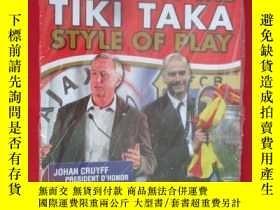 二手書博民逛書店Coaching罕見the Tiki Taka Style of
