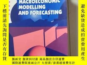 二手書博民逛書店A罕見COURSE IN MACROECONOMIC MODELLING AND FORECASTING(宏觀經濟