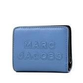 美國正品 MARC JACOBS 浮雕LOGO牛皮釦式短夾-雲雀藍【現貨】
