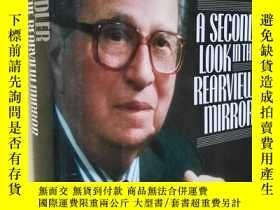 二手書博民逛書店A罕見Second Look in the Rearview Mirror: Further Autobiogra