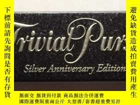 二手書博民逛書店Trivial罕見Pursuit (Silver Anniver