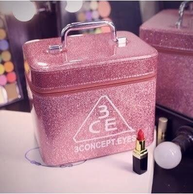 3ce化妝包 韓國專業大容量化妝箱 手提防水 大號【潮咖範兒】