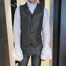 找到自己品牌 時尚潮流 男 翻領 人字馬甲 修身 西裝套裝 成套西裝 上衣+褲子