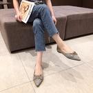女鞋35-40 2020韓版時尚百搭金屬扣尖頭低跟鞋~3色