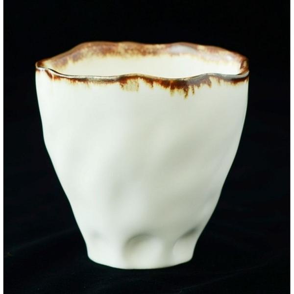 綻放│Blooming-白瓷杯(線條)