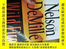 二手書博民逛書店精裝外文原版:Wild罕見Fire by Nelson DeMi
