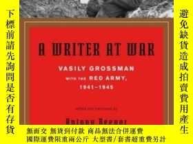 二手書博民逛書店A罕見Writer At WarY364682 Vasily Grossman Pantheon 出版200