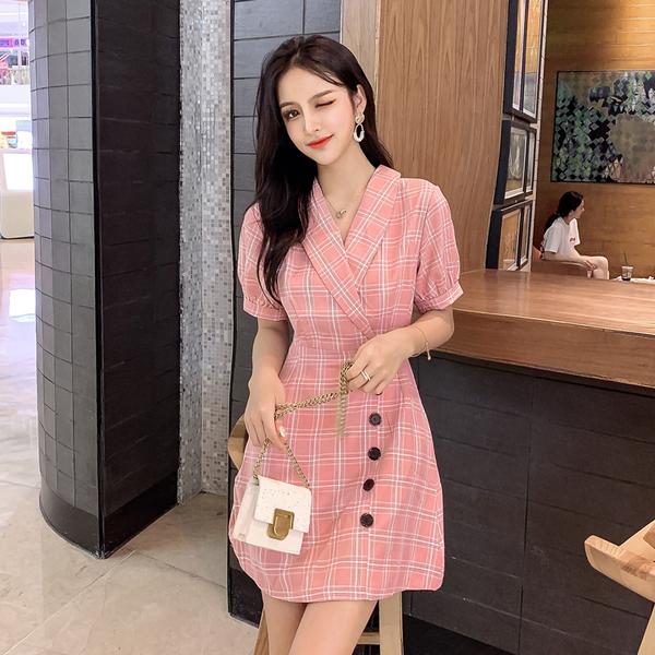 超殺29折 韓國風復古V領單排釦裝飾修身格子短袖洋裝