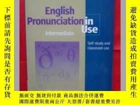 二手書博民逛書店English罕見Pronunciation in Use: IntermediateY18910 Mark