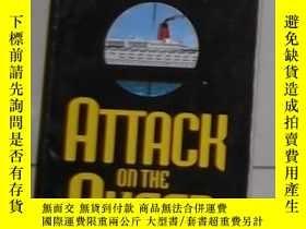 二手書博民逛書店英文原版罕見Attack on the Queen by Ric
