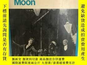 二手書博民逛書店Jean罕見Anouilh:Ring Roundthe Moon
