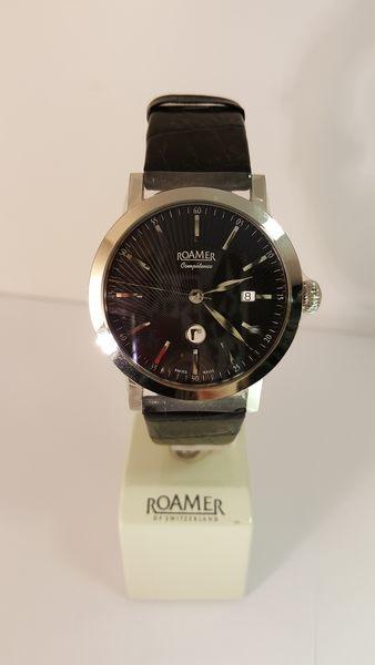 ROAMER-質感黑面黑錶帶