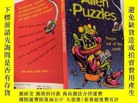 二手書博民逛書店alien罕見puzzles 外星人拼圖 :Y200392