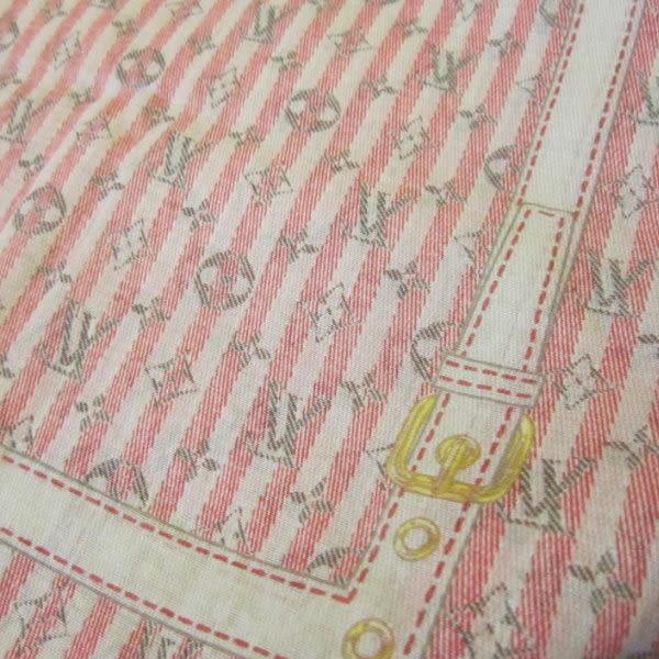 【巴黎站二手名牌專賣店】*LOUIS VUITTON LV 真品*紅+白色橫紋 灰色LOGO 方型絲巾 55*55