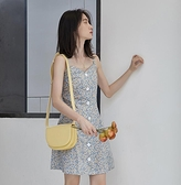 法式少女感碎花吊帶裙女單排扣小性感氣質連衣裙輕熟約會裙子短裙
