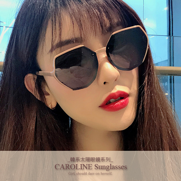 《Caroline》年度最新網紅款潮流百搭抗UV時尚太陽眼鏡 72092